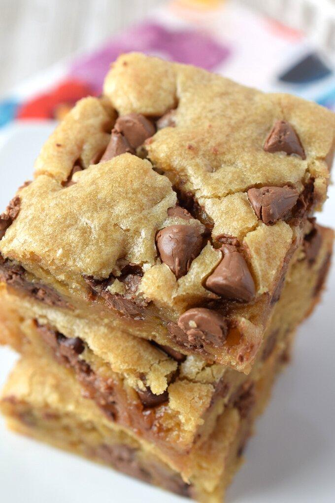 Chocolate Chip Blondies Recipe