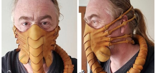 Creative Artist Creates An Alien-Inspired Facehugger Mask That Is Out Of This World