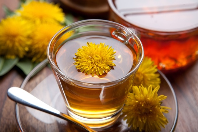 Dandelion and green tea