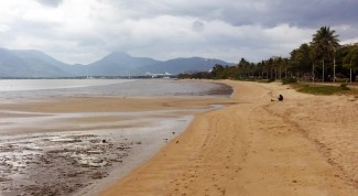 Cairns' foreshore or beach