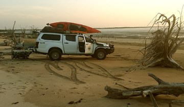 Dmax on Northern Territory beach