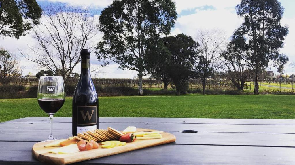 Shiraz, Witchmount, cellar door, helicopter tours