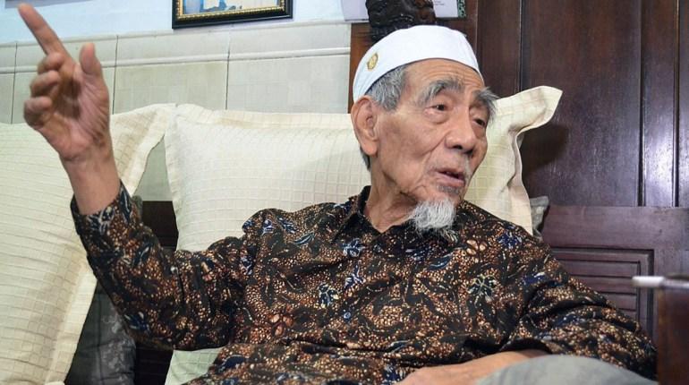 Biografi KH Maimun Zubair (Mbah Moen)
