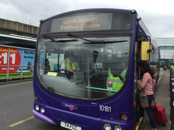 Luton Airport to Parkway Station bus