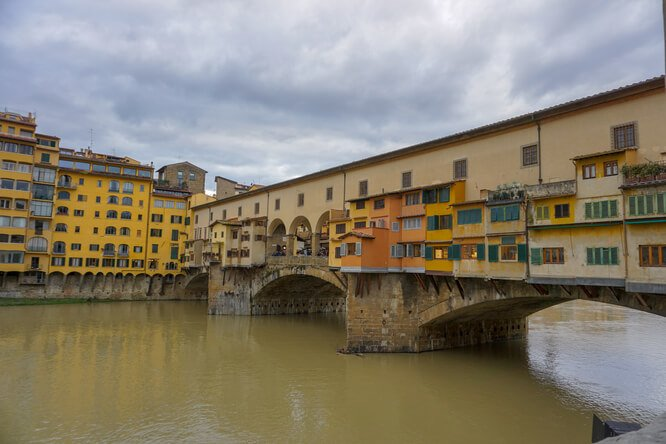 Ponte Vecchio in Florence from the side
