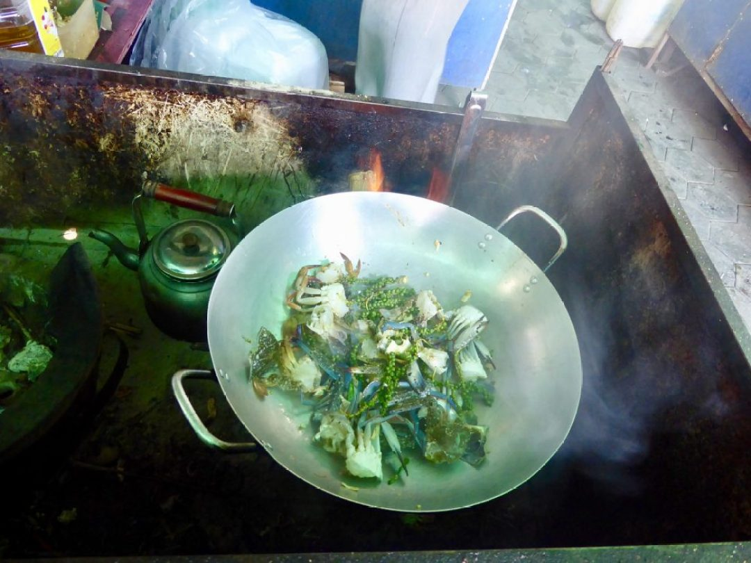 Kep Pepper Crab Cooking