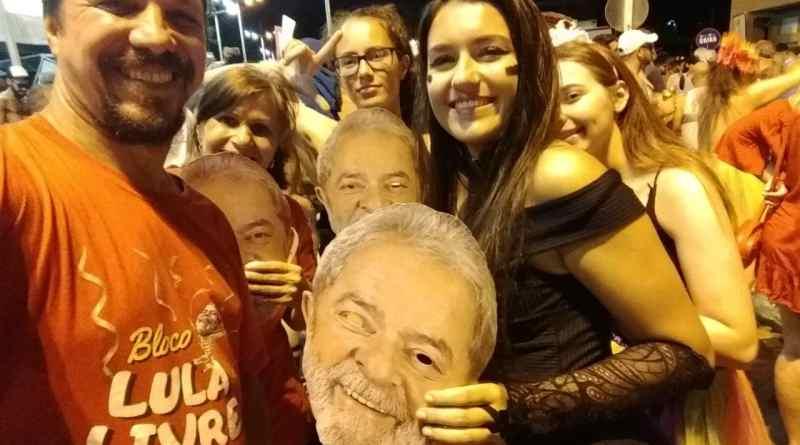 Lula Livre no Carnaval em Navegantes/SC