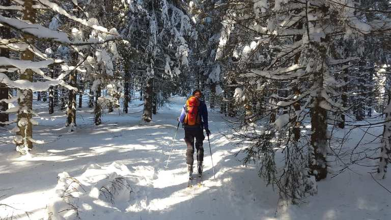 skituring to fajny sposób na spędzenie ferii zimowych