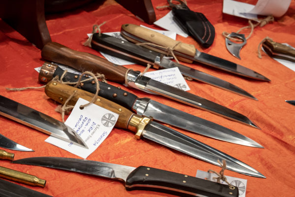 targi-knives-110