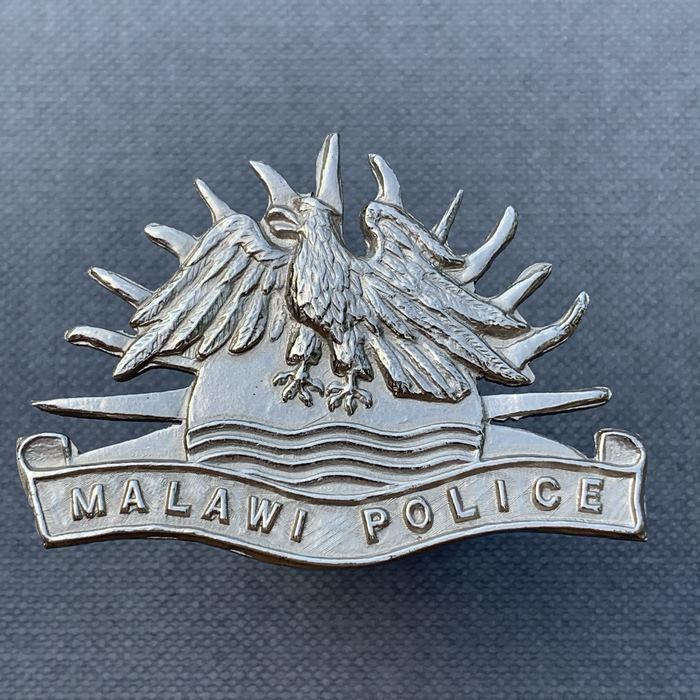 MALAWI Southern Rhodesia Nyasaland Police Cap Beret Badge