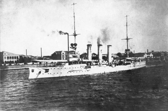 For three months in 1914, the German warship SMS Emden cruised the Indian ocean attacking British ships with impunity. Image courtesy WikiCommons via the German Federal Archives (public domain).