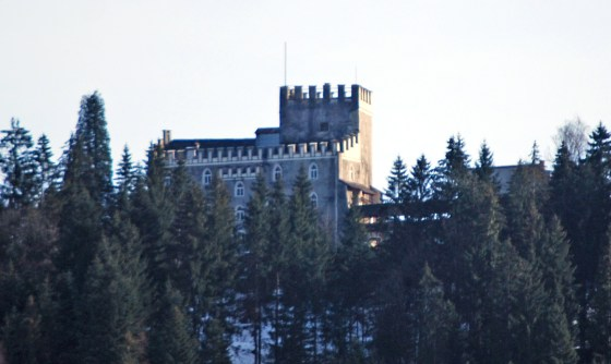 The Schloss Itter castle was the scene of a fight involving French prisoners, American soldiers, and Wehrmacht troops all fighting together against an assault by an SS Panzer unit.