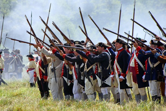 While the Continental Army began the War of Independence as an ill-trained and poorly equipped rabble, by the end of the eight-year conflict, it was a professional (and effective) fighting force. (Image source: MilitaryHistoryNow.com)