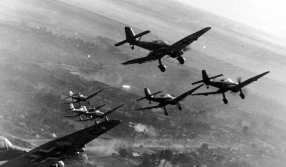 Hitler's Secret War Machines – Nine Nazi Weapons that Violated the Versailles Treaty