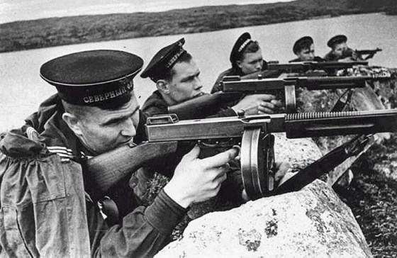 From Gangland to the Battlefield — 15 Amazing Facts About the Thompson Submachine Gun