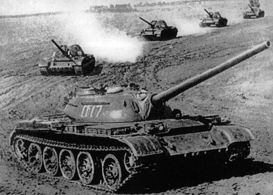 Warsaw Pact T-54/55. (Image source: WikiCommons)