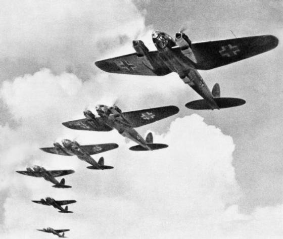Luftwaffe bombers nearly killed the king and queen of England on a Friday the 13th. (Image source: WikiCommons)