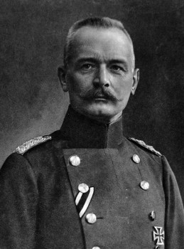 Eric von Falkenhayn, the Kaiser's chief of the General Staff in 1914. (Image source: WikiCommons)