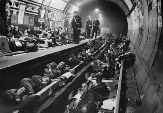 Londoners seek shelter in the Underground. (Image source: WikiCommons)