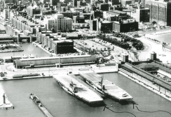 The Cornbelt Fleet at anchor at Chicago's Navy Pier. (Image source: WikiCommons)