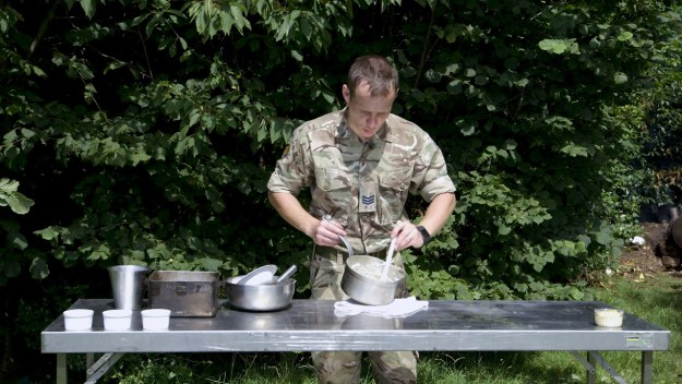 British Army: How to make a cheese soufflé