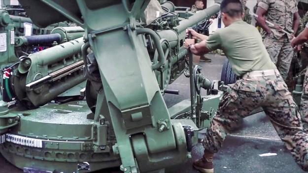 M777 Howitzer Maintenance