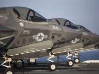 lockheed-martin-f-35-lightning-ii-jet-fighter-wallpapers-3