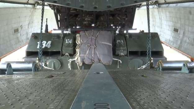 Russian BMD-3 loaded on Il-76MD