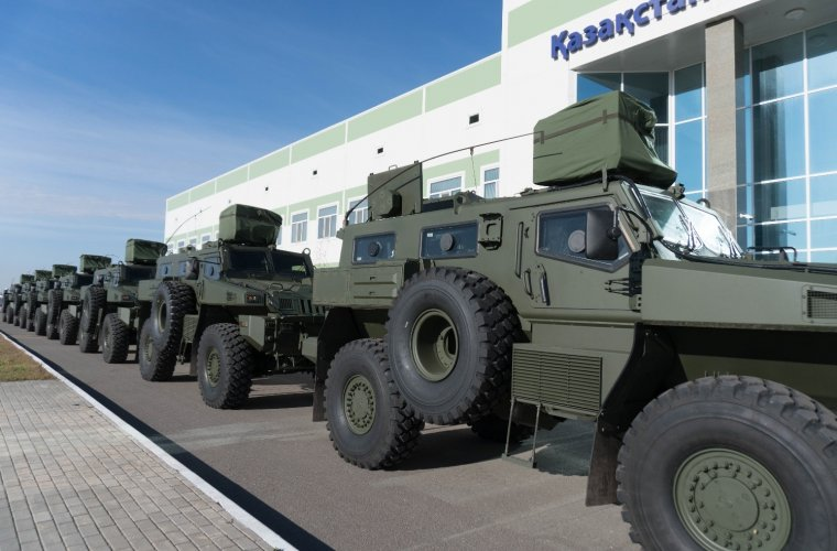 Kazakhstan receives new batch of Arlan Armored Wheeled Vehicles (AWV)