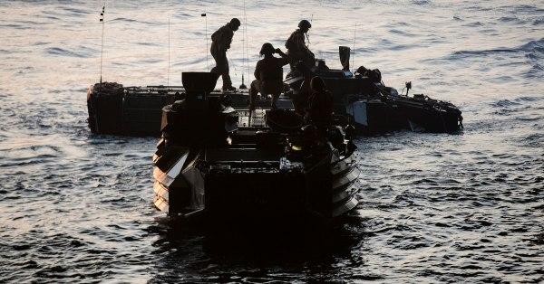 AAV-7 Assault Amphibious Vehicle