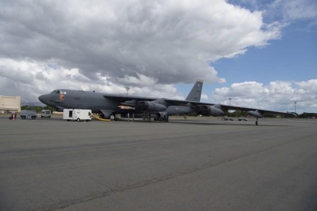 USAF B-52 Stratofortress tests Quickstrike-ER naval mine