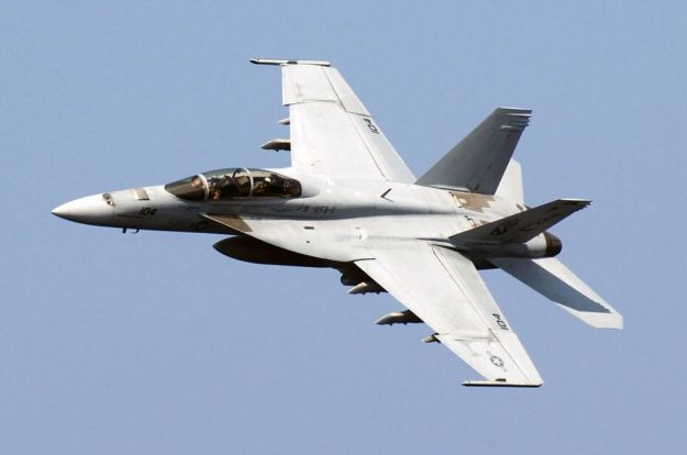 Boeing Wins $172M for Super Hornet Life Extension