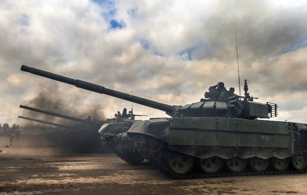 Russia Completes 1st Stage of Delivering T-90S Main Battle Tanks To Iraq
