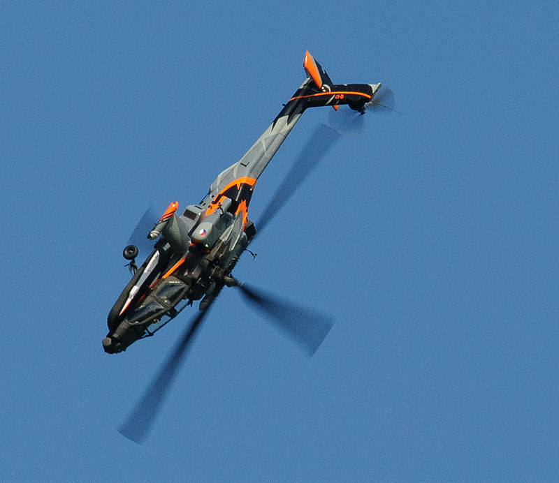 A Royal Netherlands Air Force AH-64D Apache from the Apache Solo Display Team