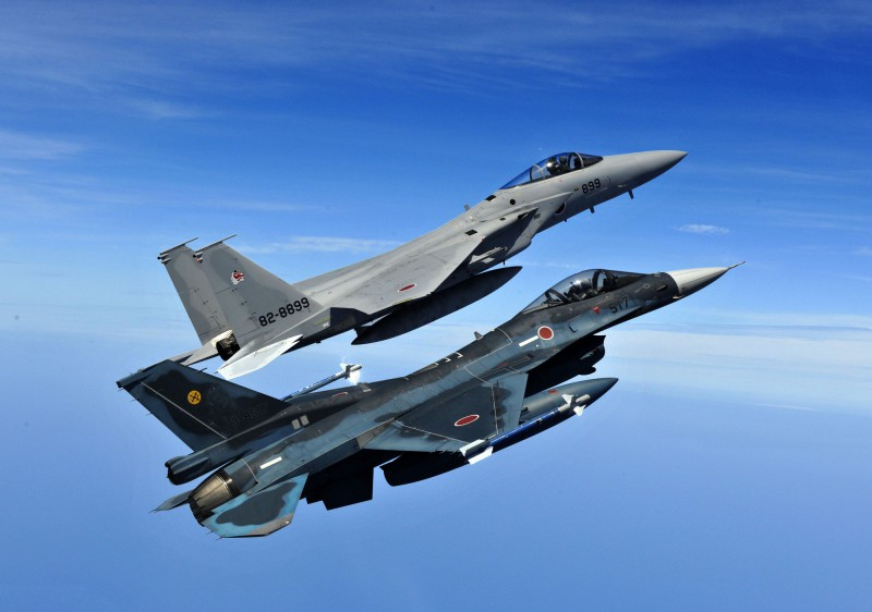 The US wants to dissuade Japan, which since 1945 has always bought US fighters, from joining Britain's Tempest next-gen fighter program, and has linked ongoing talks over the cost of maintaining US troops in Japan to the fighter decision. (JASDF photo)