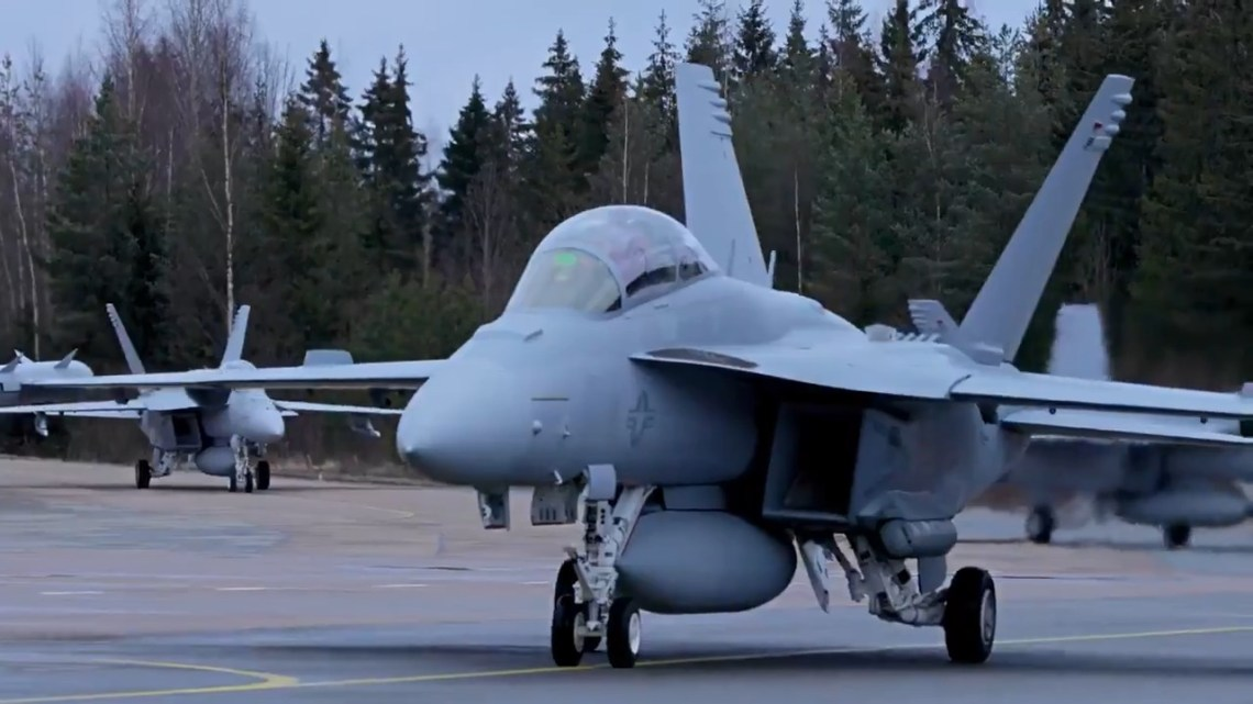 Boeing F/A-18 Super Hornets and an EA-18G Growler