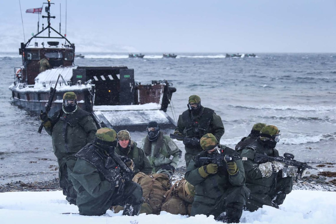 47 Cdo RM utilised Offshore Raiding Craft (ORCs) and Landing Craft Vehicle Personnel (LCVP) to show there Norwegian counterparts how they deliver troops and equipment ashore in the harsh Artic conditions.