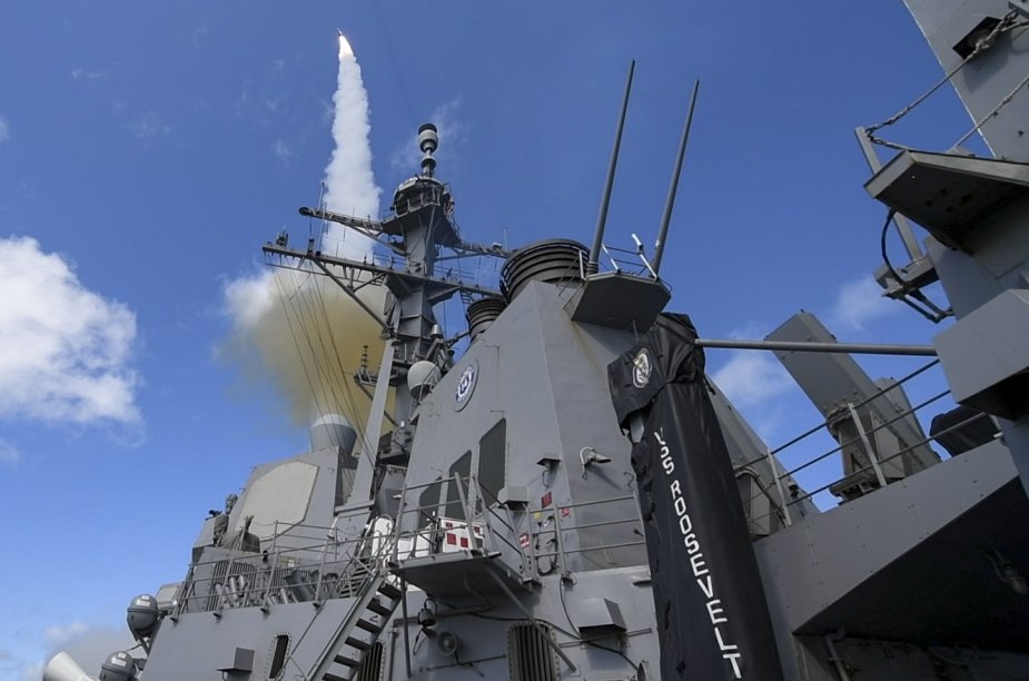 Raytheon, US Navy Test First Standard Missile-2 from Restarted Production Line