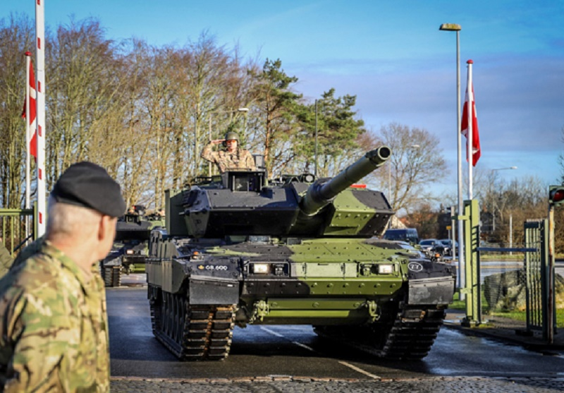 Royal Danish Army Receives First Leopard 2A7V Main Battle Tank
