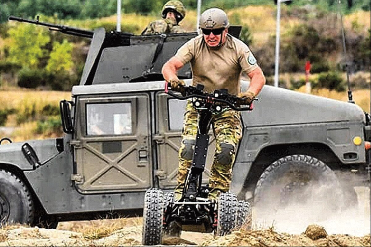 U.S. Army to Test EZRaider Four-wheeled Electric Scooter