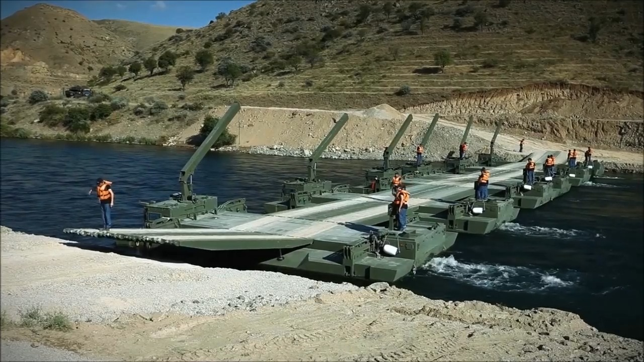 OTTER Armoured Amphibious Assault Bridge (AAAB)