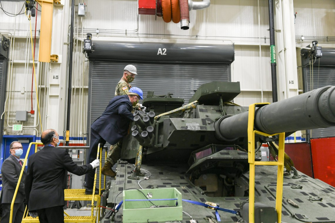 Secretary of the Army, Hon. Ryan D. McCarthy visit BAE Systems and inspect BAE's Mobile Protected Firepower (MPF)