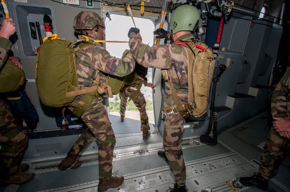 French Air Force A400M Cleared to Drop Paratroopers Through Side Doors