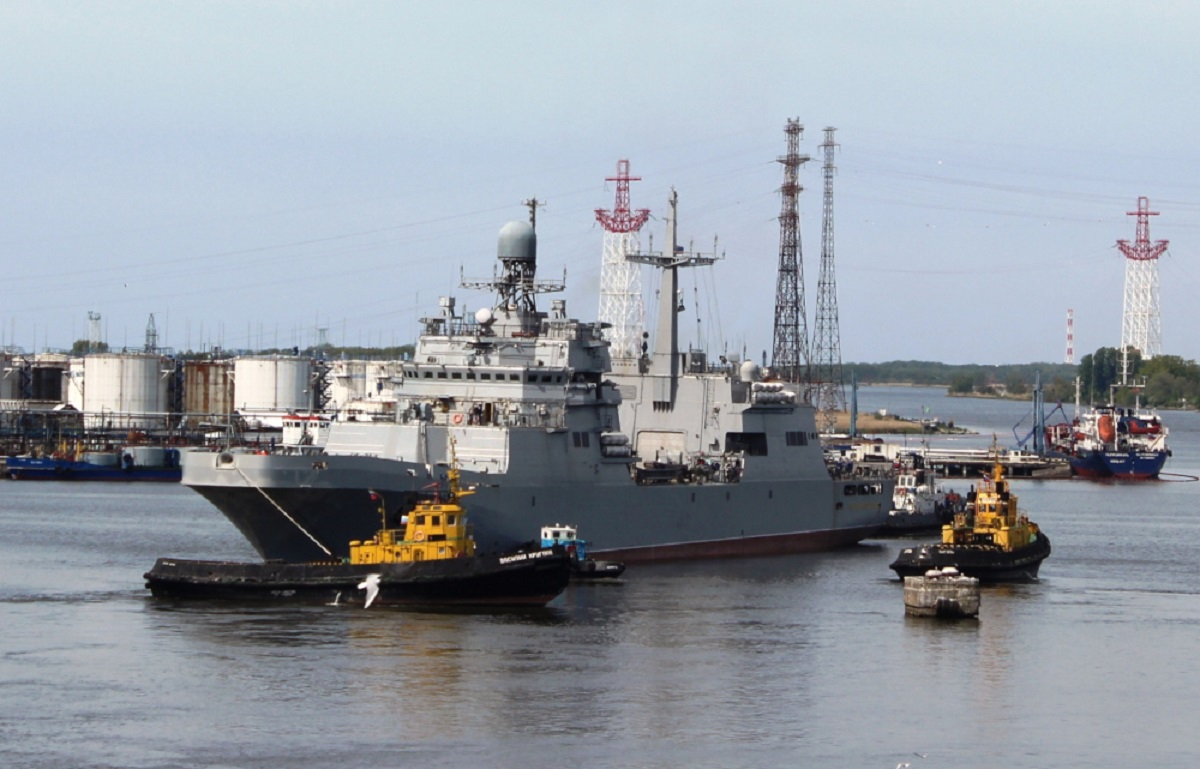 Baltic Fleet Naval Aviation Tests Peter Morgunov Amphibious Ship