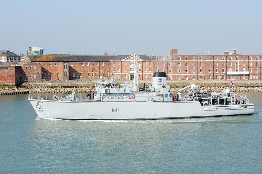 Lithuania Acquires HMS Quorn Mine Countermeasures Vessel