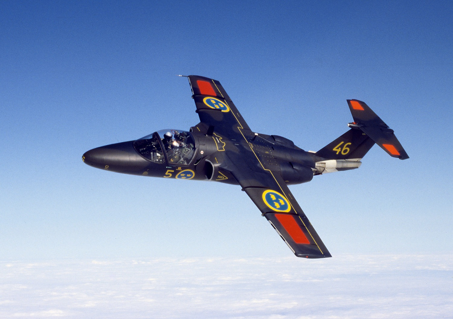 Saab Signs Support Agreement for Swedish Royal Air Force SK60 Trainer Aircraft