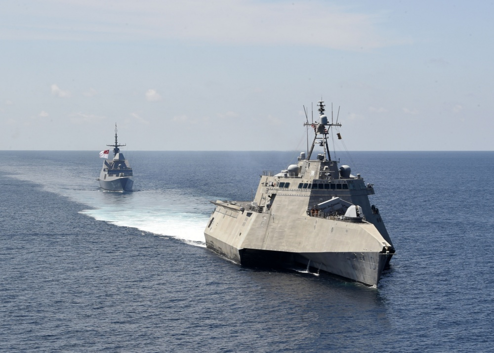 U.S., Singapore Navies Conduct Joint Exercise in South China Sea