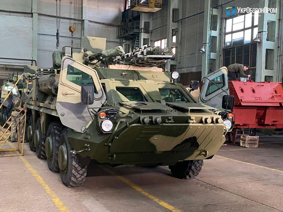Ukrainian Army Receives BTR-4E Armored Personnel Carriers