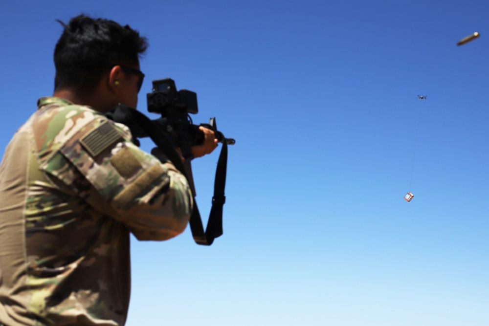 US Army Tests Smart Shooter SMASH 2000 Designed to Kill Drones in Syria