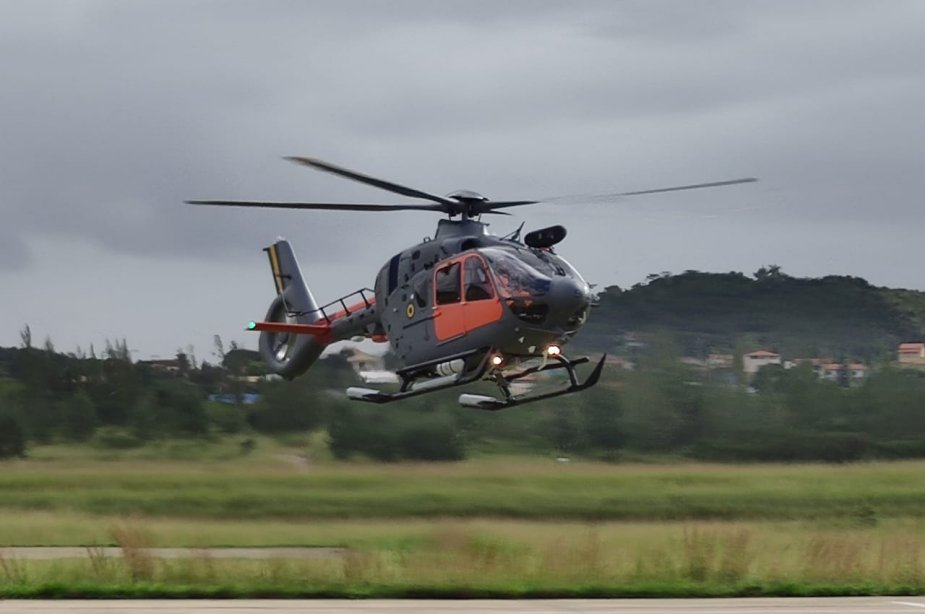Brazilian Navy Receives Second UH-17 Helicopter for Antarctic Missions
